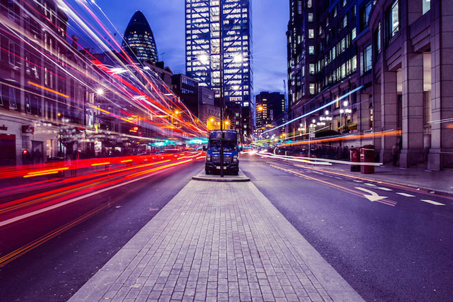 london-light-trails 3
